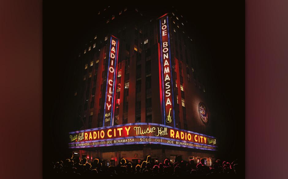 Im Januar 2015 wurde dieses Album in der Radio City Music Hall aufgenommen, bei dem Bonamassa sich erneut der Aufgabe angenommen hat, seinen Blues-Rock live neu zu interpretieren.
