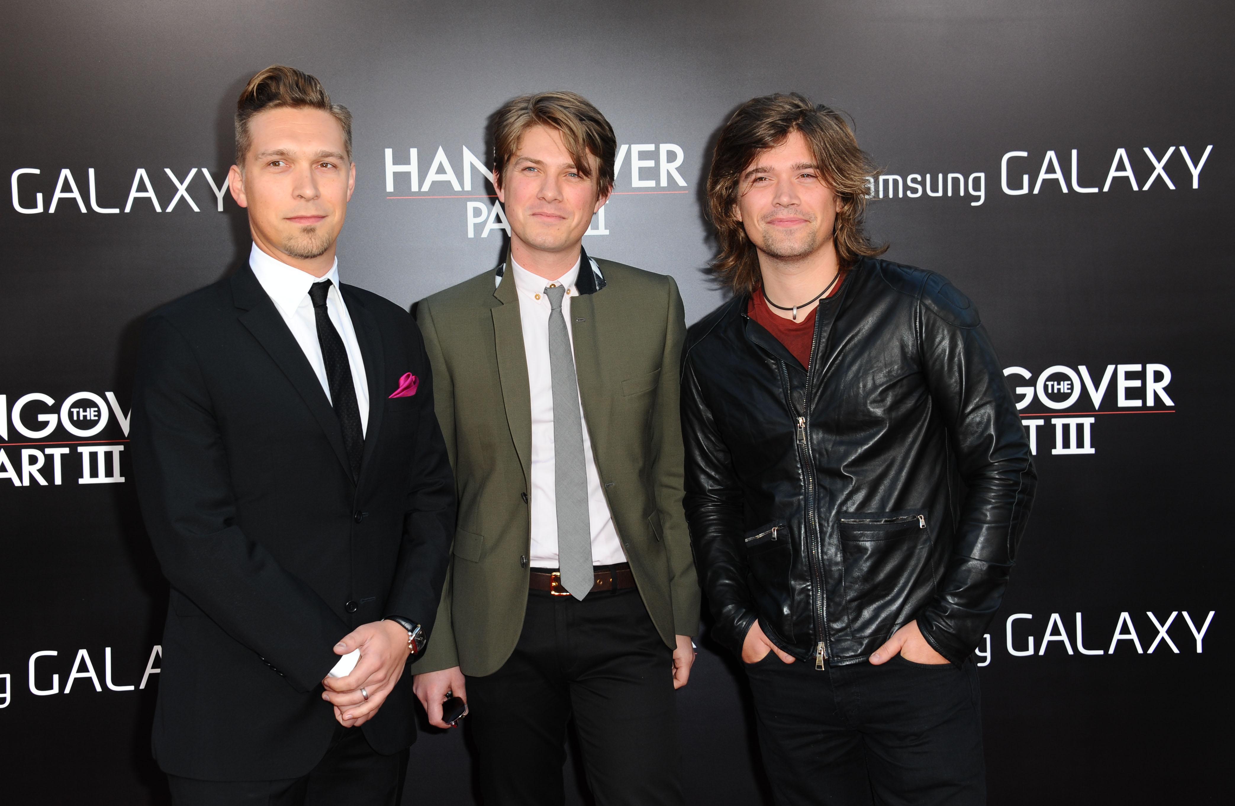 """...2013 stellten die drei Musiker ihr fünftes Studioalbum """"Anthem"""" vor – und sind damit, wenn auch nicht mehr so sehr im Mainstream, in manchen Independent-Kreisen immer noch erfolgreich."""