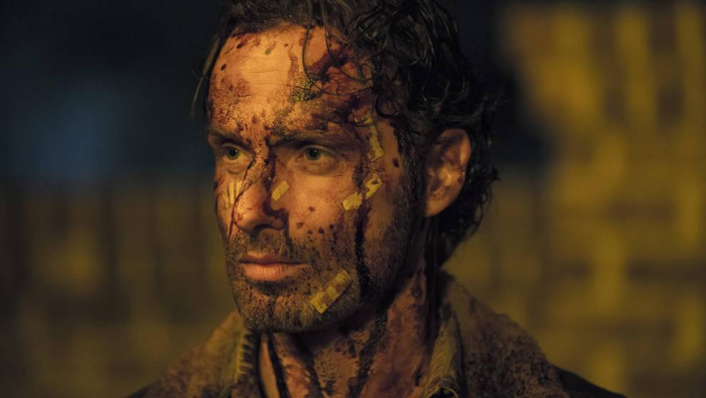 """Rick Grimes (Andrew Linocln) aus """"The Walking Dead"""" – braucht er Beistand nach den miesen Quoten der Premiere von Staffel sechs?"""