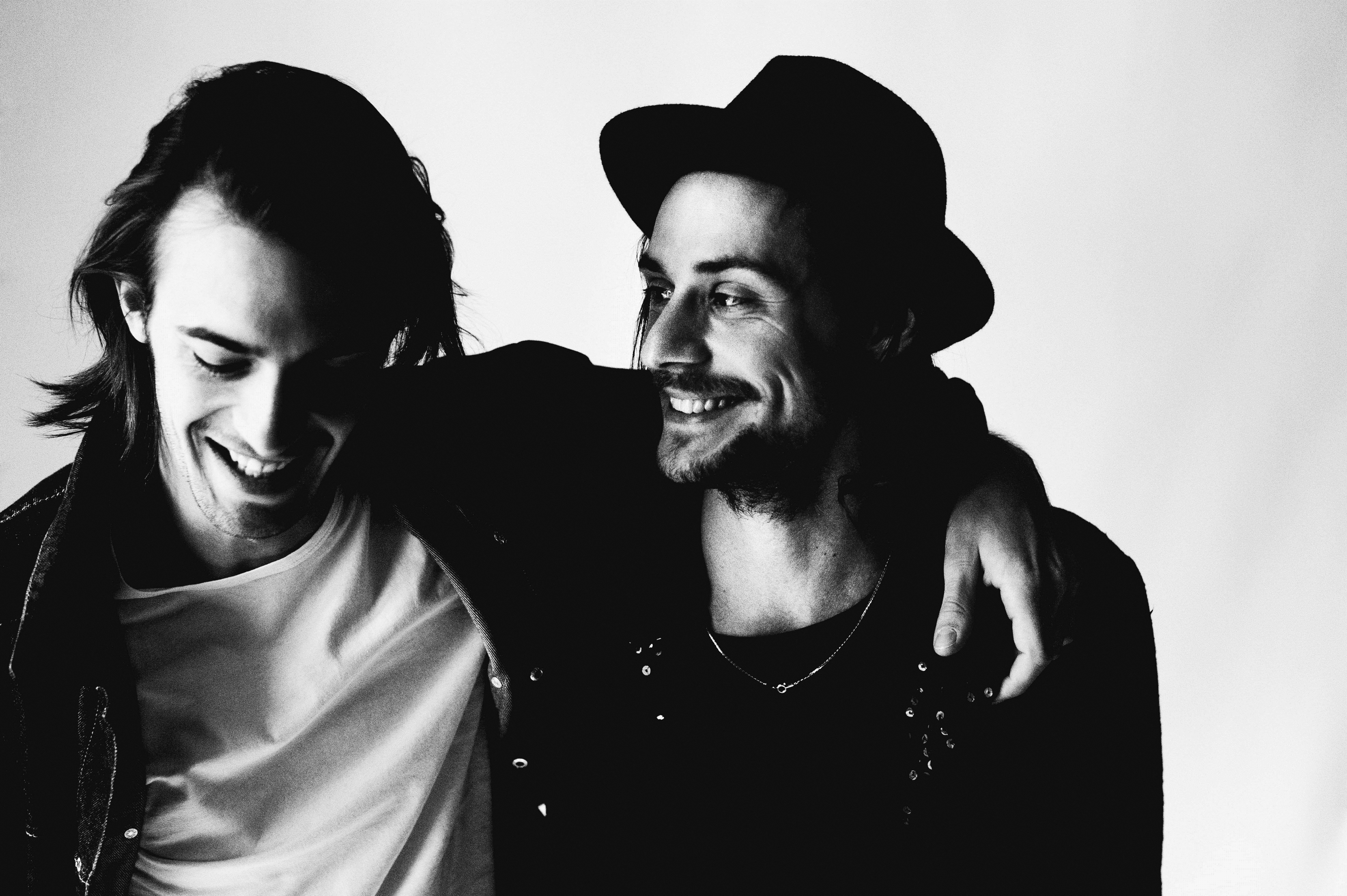 """Milliarden – ihre Debüt-EP """"Kokain und Himbeereis"""" wird zur Plattenladenwoche 2015 als exklusive 10'-Vinyl neu aufgelegt."""