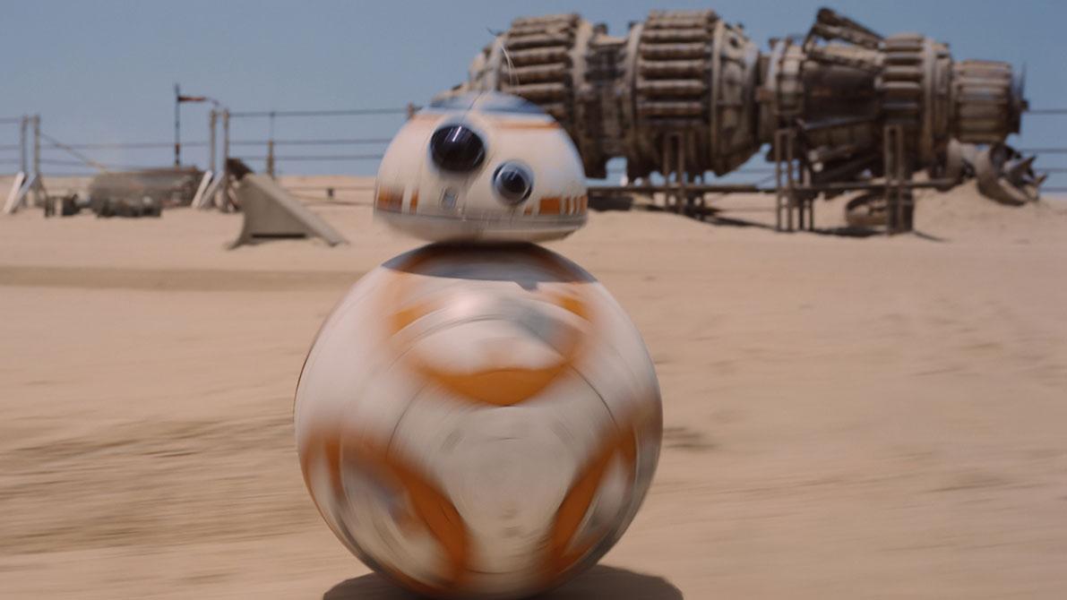 Wer Spoiler zu Episode VII vermeiden will, sollte es BB-8 gleichtun und das Weite suchen.