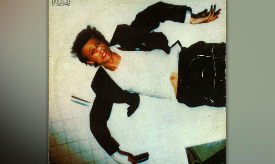 81. 'African Night Flight'.  Eine Reise nach Kenia inspirierte Bowie zu diesem Stück Weltmusik, das nicht als kulturverbinde