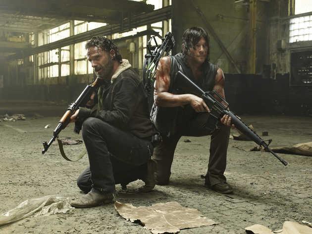 """Gewinnen Sie bei uns Limited-Editions zur fünften Staffel """"The Walking Dead"""" und ersten Staffel """"Fear The Walking Dead"""""""