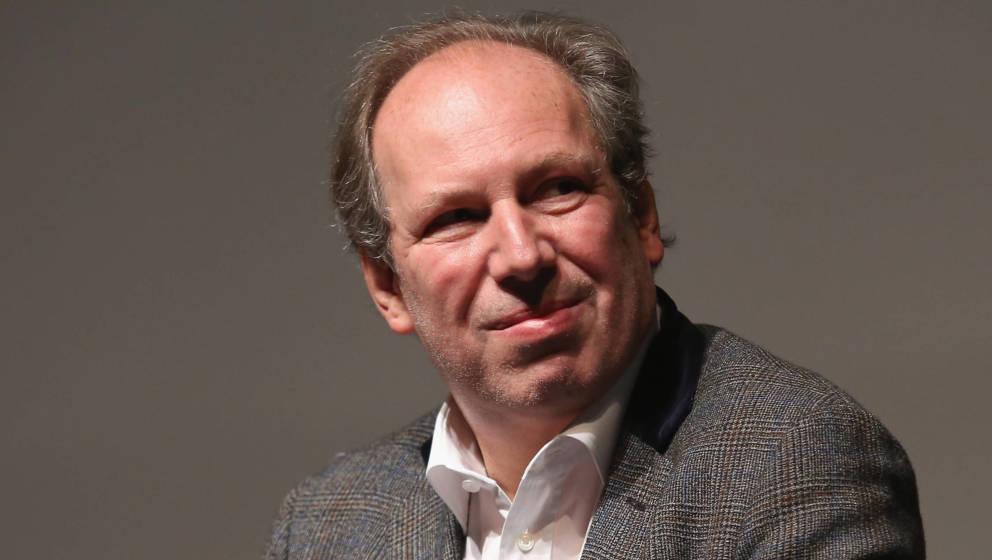 Hans Zimmer bei einer Diskussion in New York City, 2015. 2016 wird der Komponist seine Werke zum ersten Mal auch live spielen.