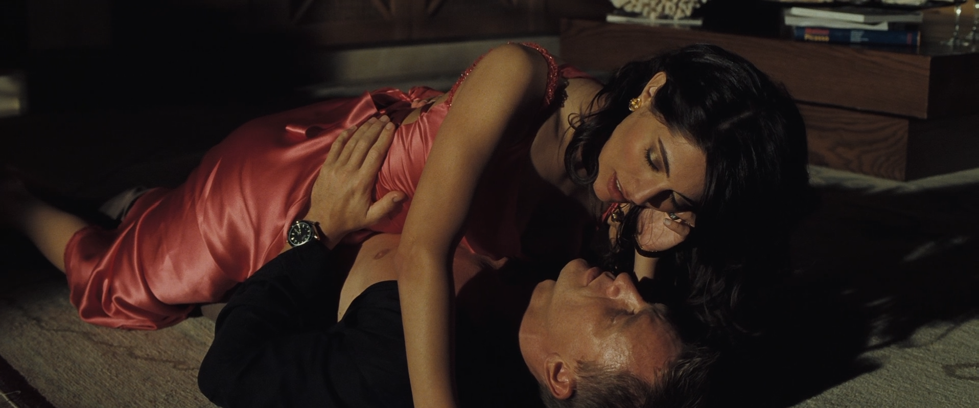 29. Solange Dimitrios (Caterina Murino)