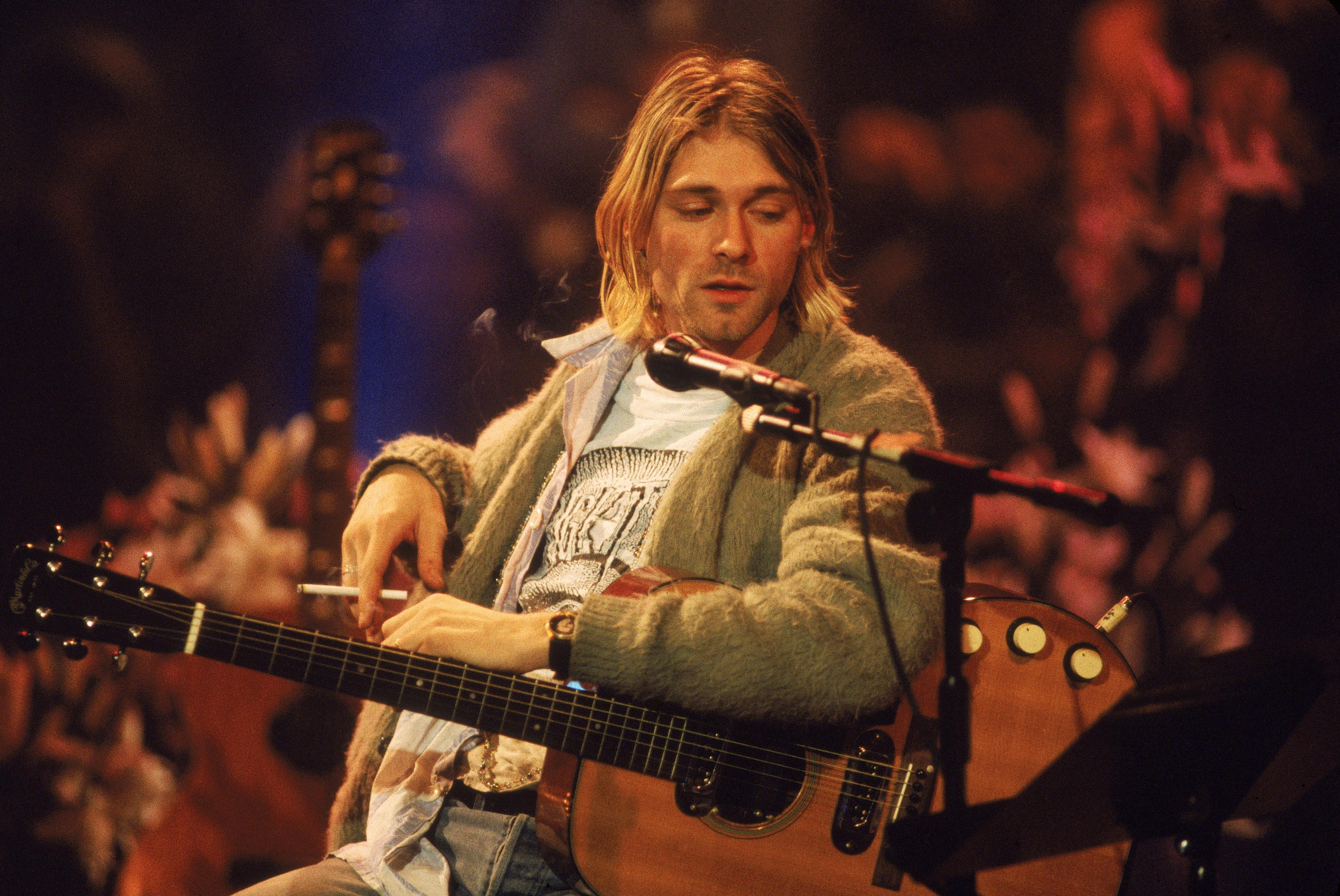 Kurt Cobain bei seinem MTV-Unplugged-Auftritt mit Nirvana