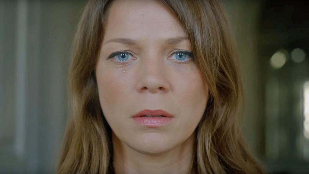 """Jessica Schwarz im Video """"Constant"""" von Scott Matthew"""