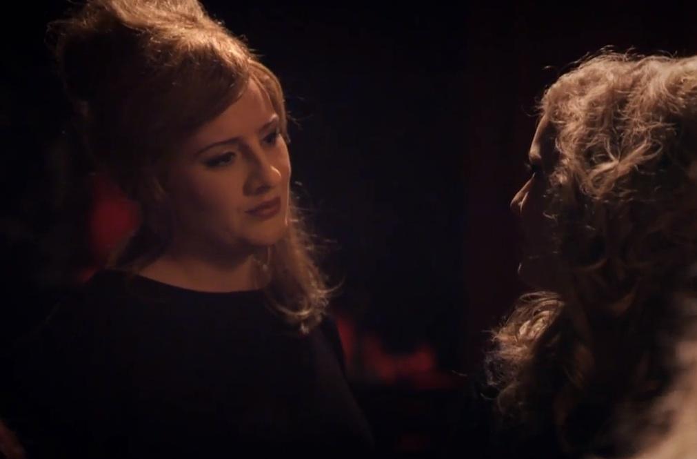 'Jenny' sieht fast so aus wie Adele und singt auch noch so gut wie der Superstar