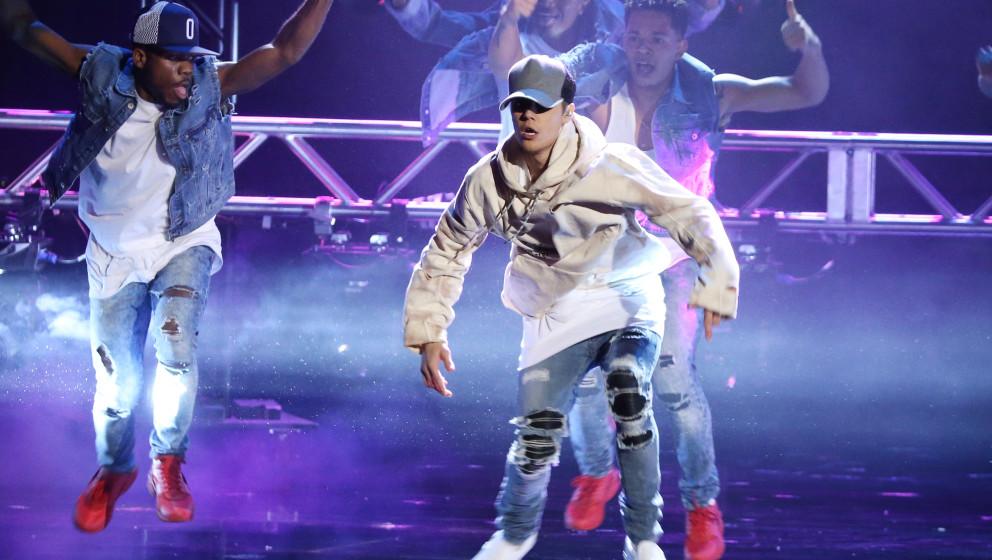 Er kann auch nach Grunge aussehen: Justin Bieber bei den AMA