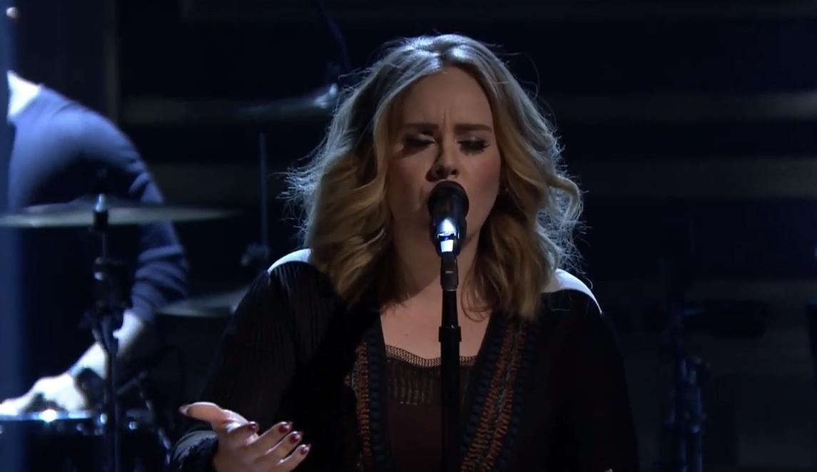Adele bei ihrem gefühlvollen Auftritt in der 'Tonight Show' von Jimmy Fallon