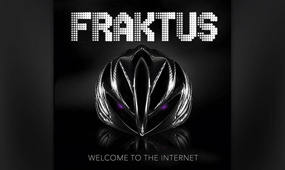 """""""Welcome To The Internet"""" von Fraktus zeigt, dass die vermeintliche Proto-Techno-Band keine Angst hat, das Niveau auch mal nach unten anzupassen. Kann man lustig finden, muss man aber nicht"""