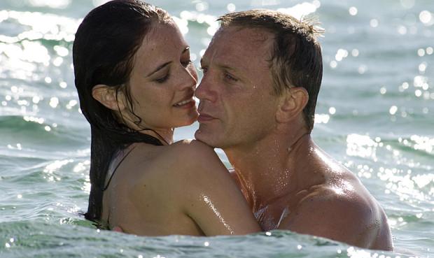James Bond vergnügt sich mit Vesper Lynd