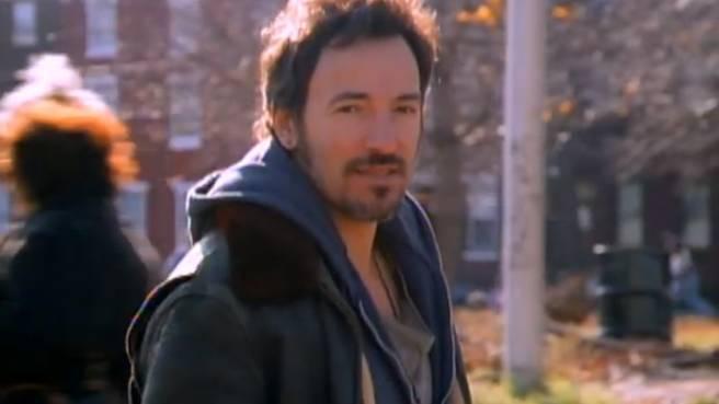 "Bruce Springsteen im Video zu seinem Song ""Streets Of Philadelphia"""