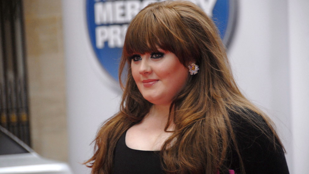 singer Adele arriving at Mercury Music Awards, London, 9th September 2008. (Photo by Mark Larner/Photoshot/Getty Images)