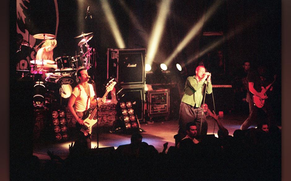 1992 gründete Scott Weiland die Stone Temple Pilots zusammen mit seinen Bandkollegen Robert Deleo und Dean DeLeo.