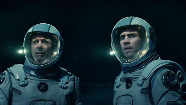 """Mit Liam Hemsworth bekommt Jeff Goldblum in """"Independence Day: Resurgence"""" einen neuen Partner."""