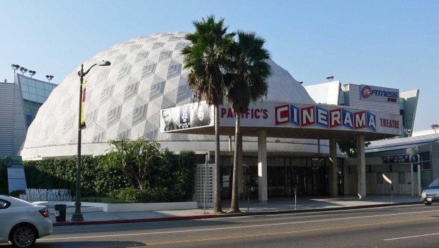 "Der ""Cinerama Dome"" in Hollywood, Kalifornien"