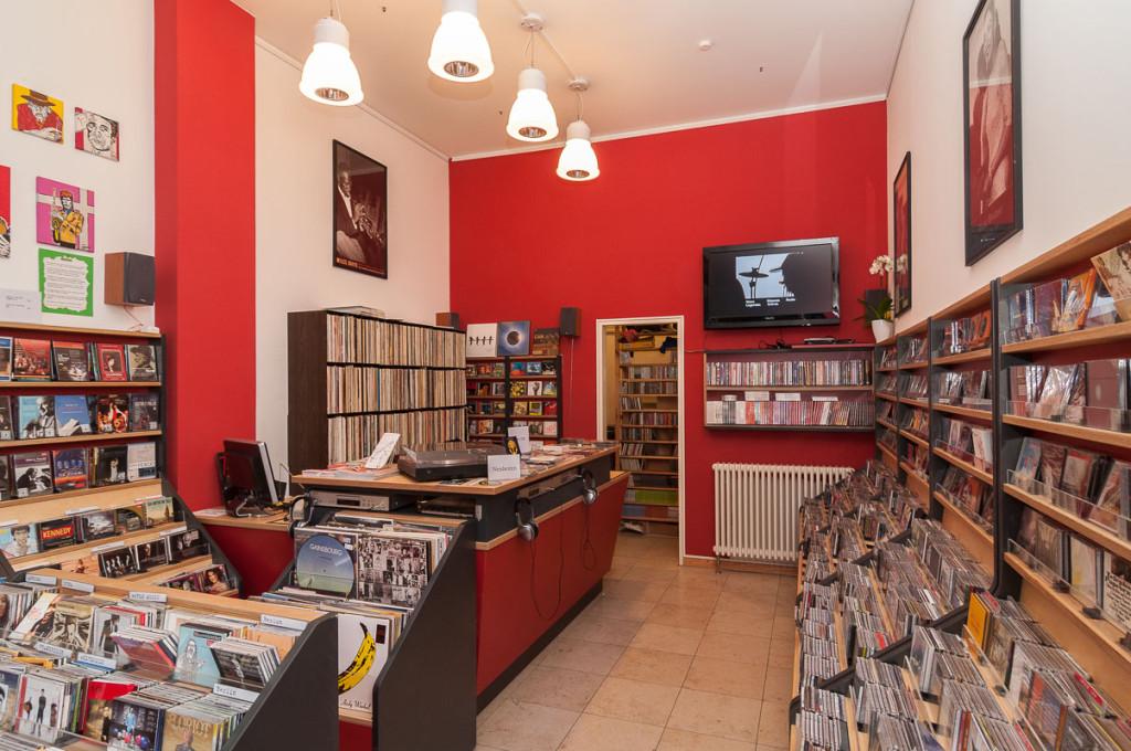 Oldschool Walter-Benjamin-Platz 2 10629 Berlin