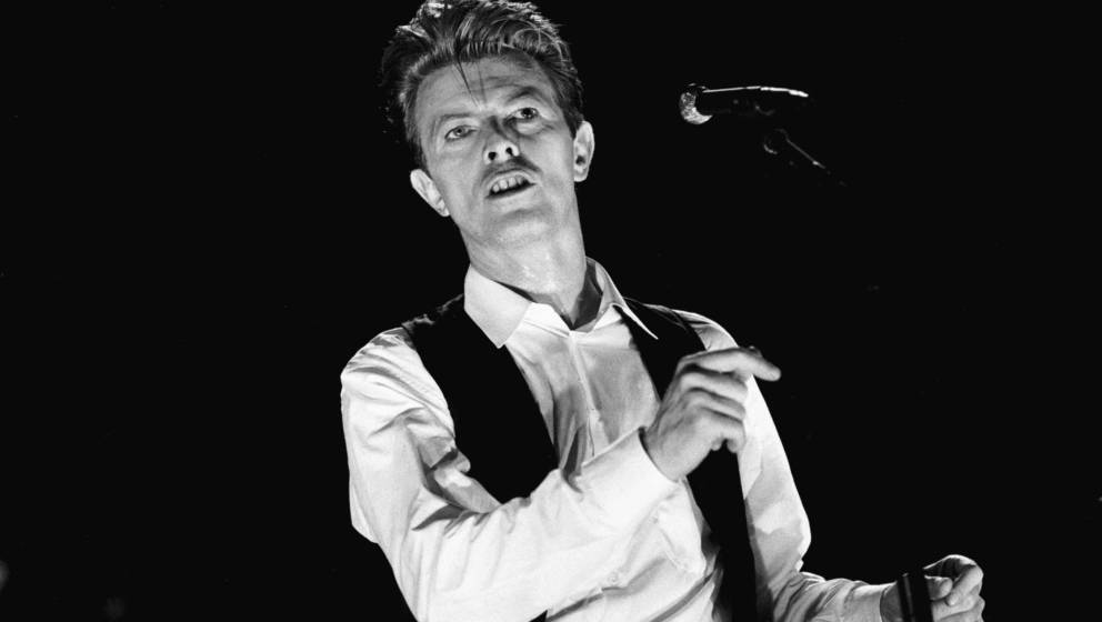 David Bowie, vocal, performs at the Ahoy hal in Rotterdam, the Netherlands on 30th March 1990. (Photo by Frans Schellekens/Re