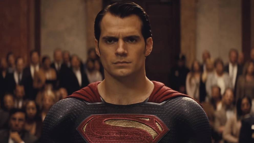 Trägt Henry Cavill bald Smoking statt Superheldenkostüm?