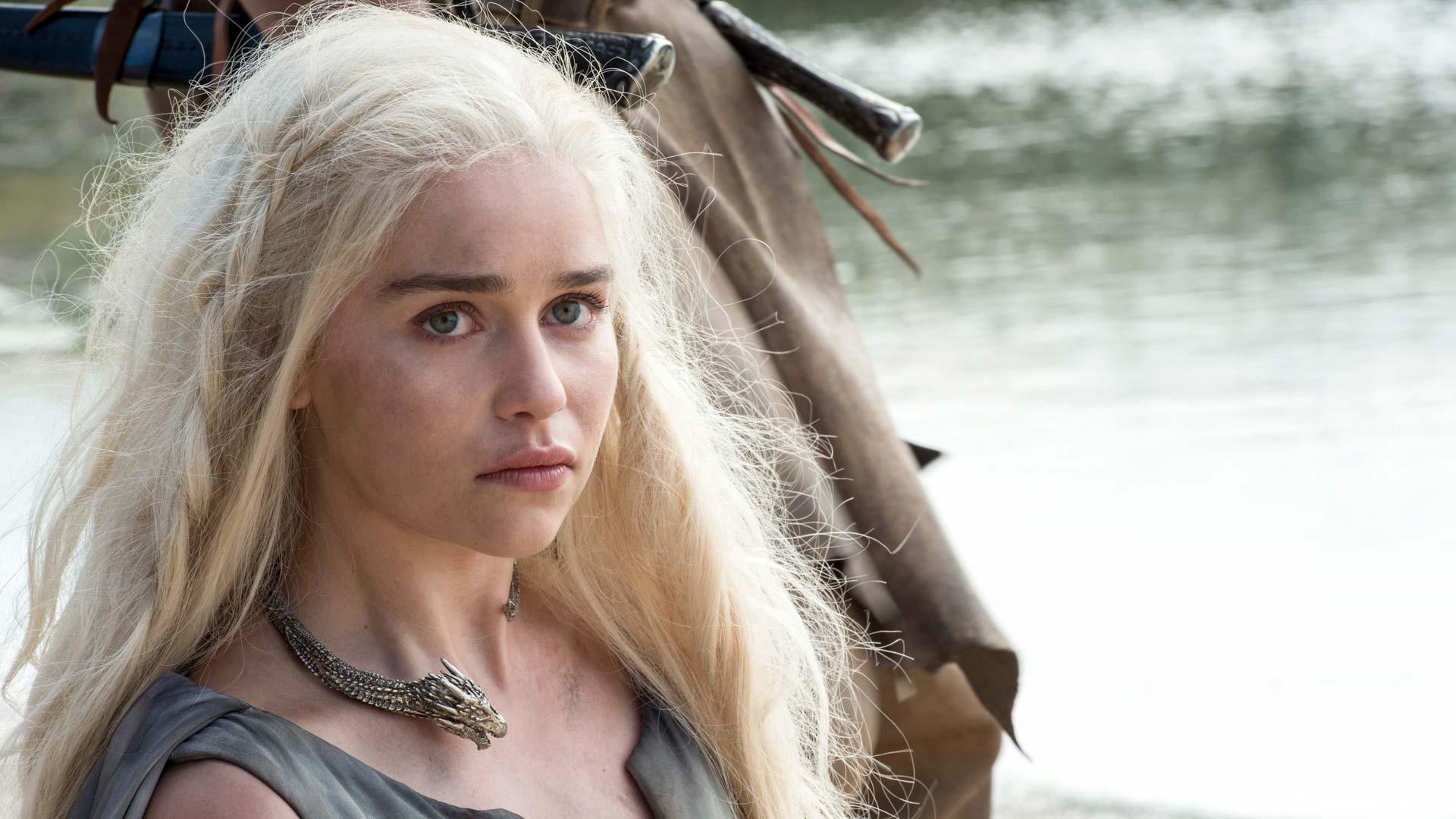 """Emilia Clarke in der sechsten Staffel """"Game Of Thrones"""""""
