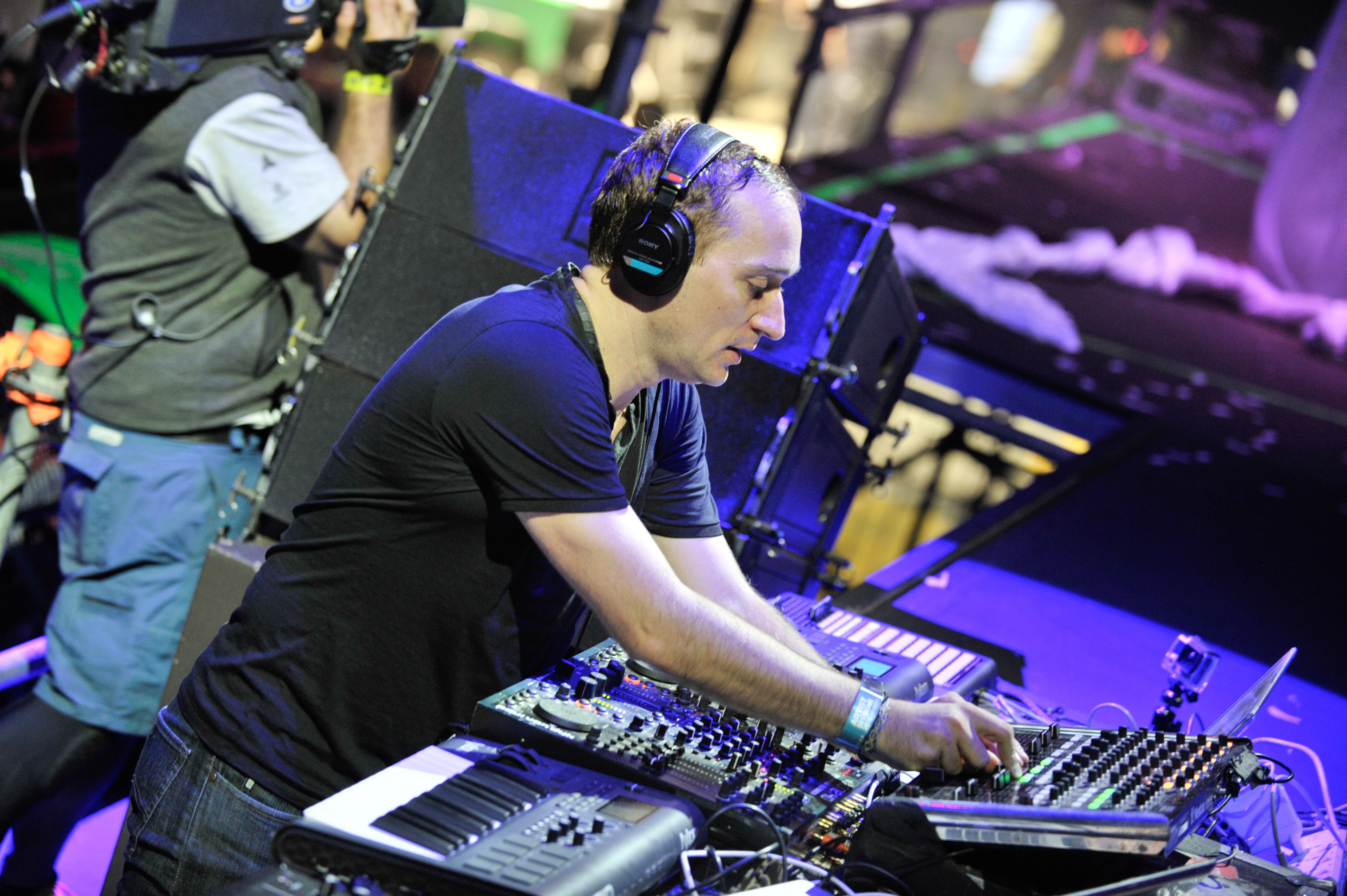 MIAMI, FL - MARCH 28:  Paul van Dyk onstage Ultra Music Festival at Bayfront Park Amphitheater on March 29, 2015 in Miami, Fl