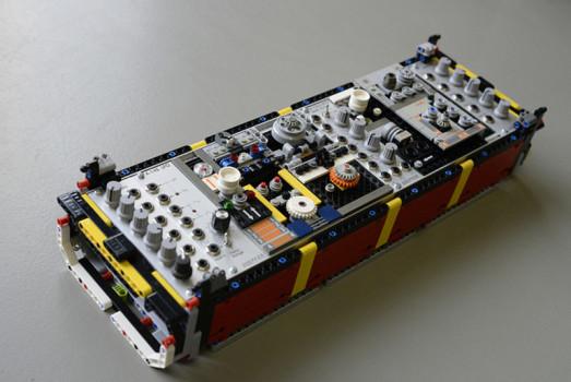 lego-synth-module-2