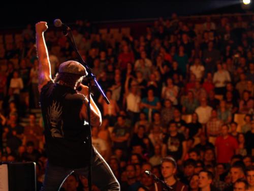 Grant Foster, Sänger der AC/DC-Tribute-Band Barock, wurde ebenfalls vorgeschlagen