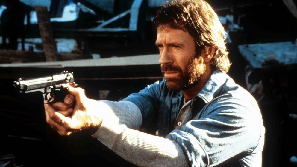 Chuck Norris in einer Szene von 'Hero And The Terror'. Die (erfundenen) Sprüche des Schauspielers sind ein Internet-Hit.