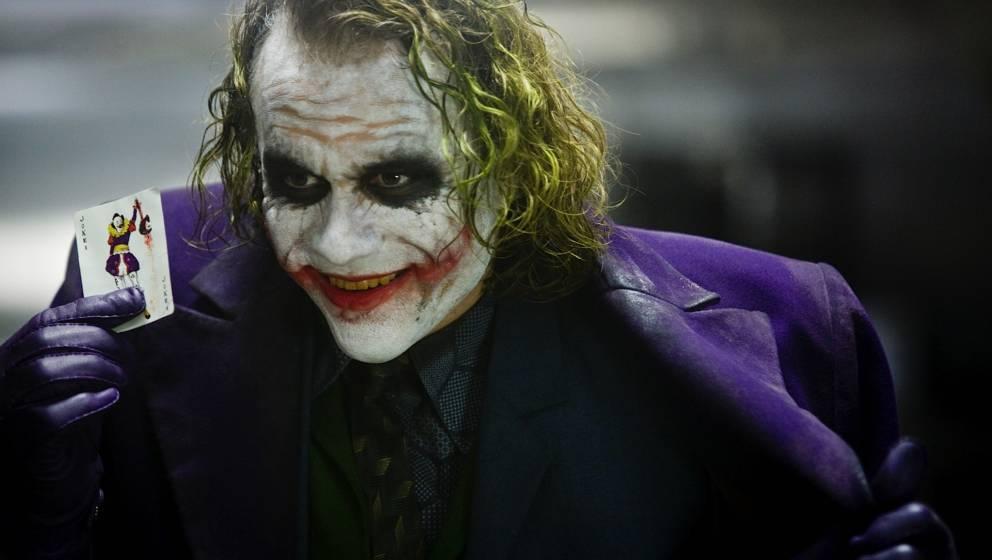 Mark Hamill zeigt, wie es klingt, wenn Joker den Neujahrs-Tweet von Donald Trump liest.