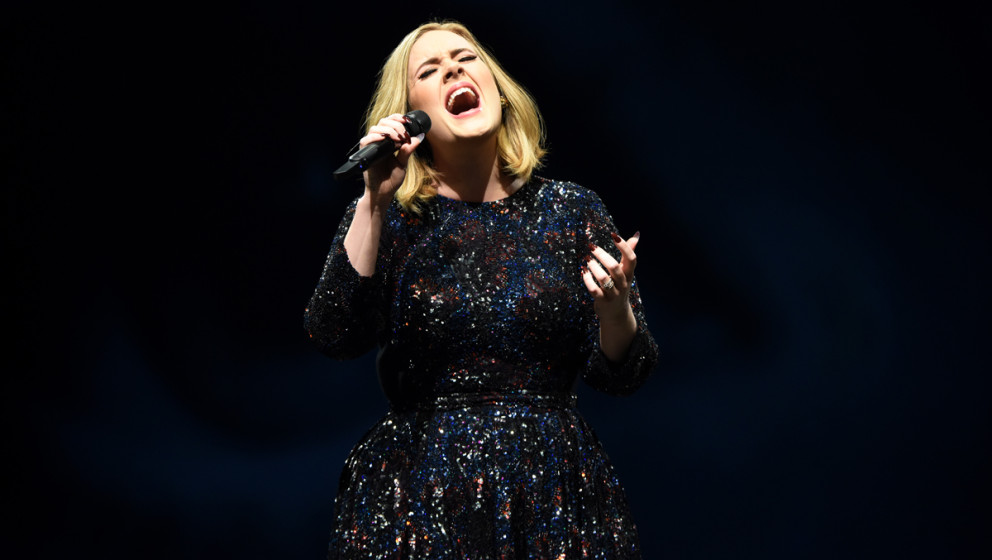 """Adele ist zurzeit mit ihrem Album """"25"""" auf Tour."""