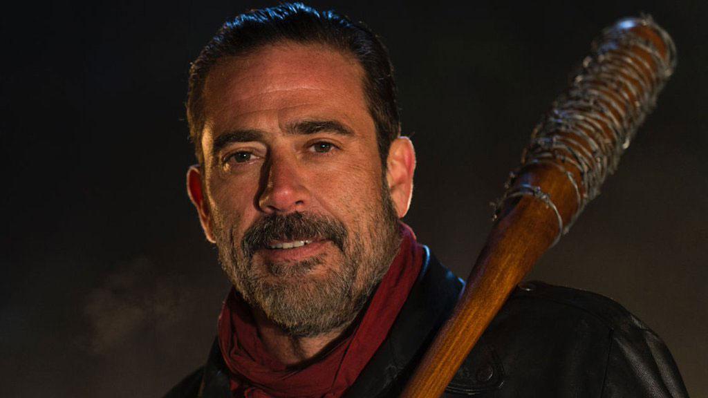 """Sieht auf diesem Foto zwar freundlich aus, mit ihm ist aber nicht gut Kirschen essen: Negan aus """"The Walking Dead"""""""