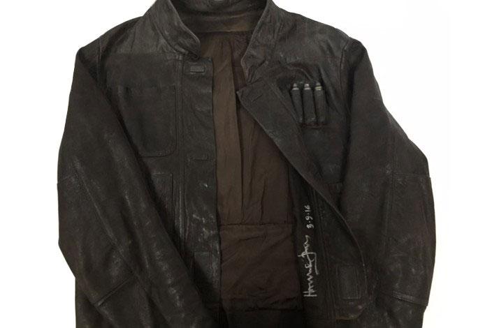 Die von Harrison Ford signierte Han-Solo-Lederjacke