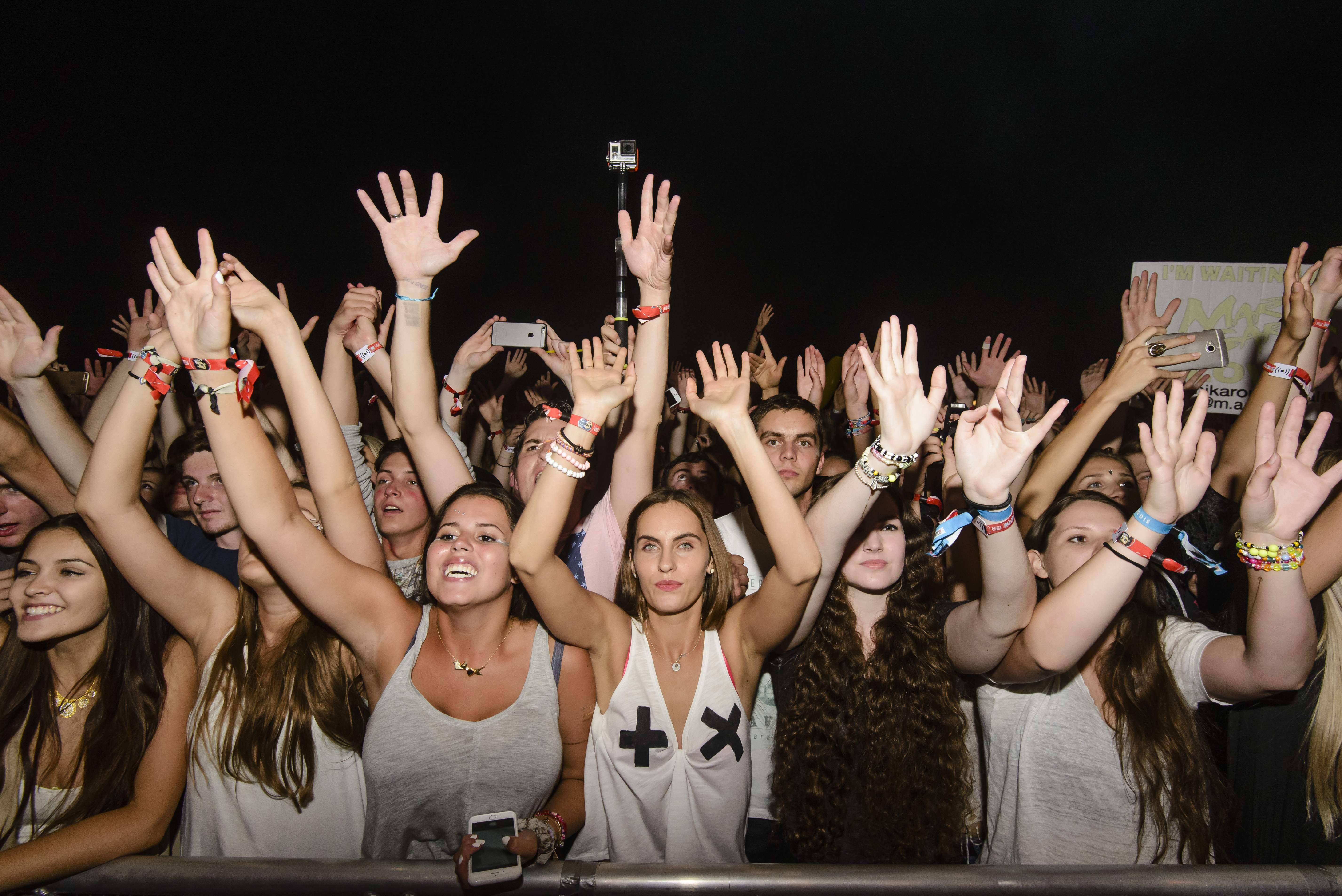Fans beim Lollapalooza Festival in Berlin