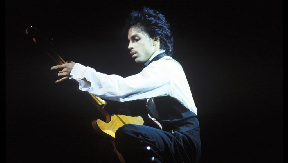 71. 'Head' (Dirty Mind, 1980).   Die Ode an den Oralverkehr zählt bis heute zu den populärsten Stücken seines Frühwerks.