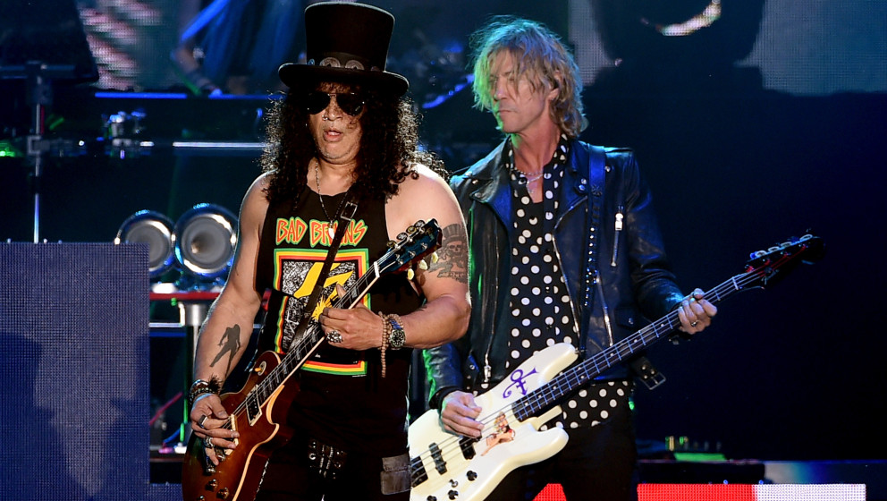INDIO, CA - APRIL 23:  Musicians Slash (L) and Duff McKagan of Guns N' Roses perform onstage during day 2 of the 2016 Coachel