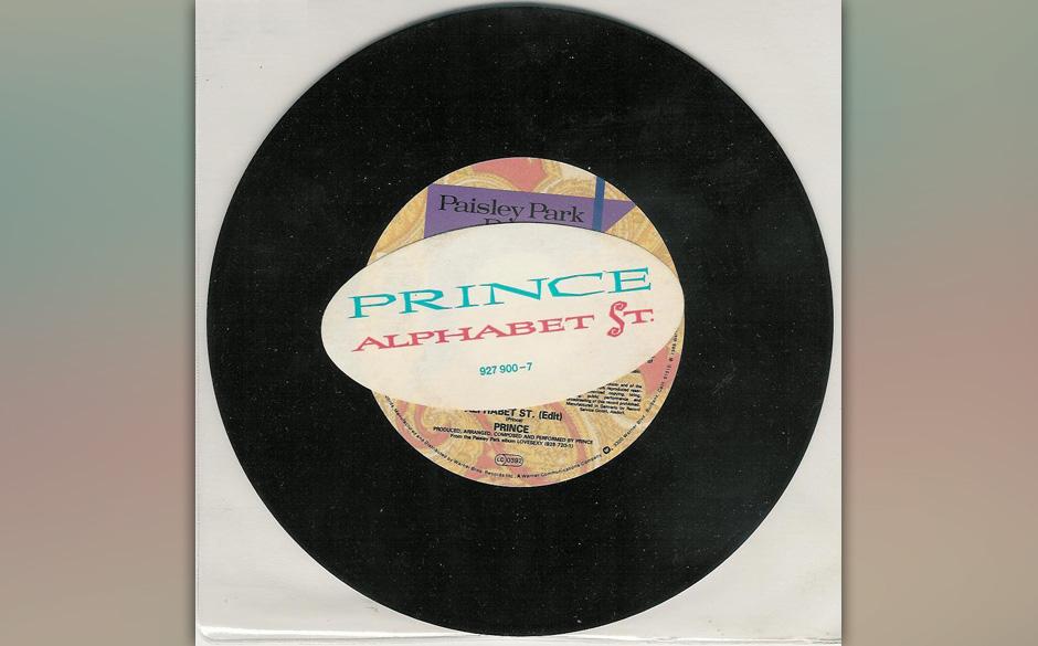 05. 'Alphabet Street' (Lovesexy, 1988).  Es entstand als Blues-Stück an der Akustikgitarre und endete als gradios rhythmisie