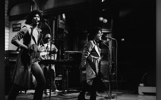 """""""Private Joy"""": Der vierte von acht """"Controversy""""-Songs wird –ungerechtfertigerweise –von den anderen Platten-Tracks überstrahlt. So was hat man wirklich nur in den Achtzigern einem Mann noch durchgehen lassen: Darüber zu singen, dass eine Frau Eigentum sein kann. """"If Anybody Asks You / You Belong To Prince"""". Völlig ironiefrei."""