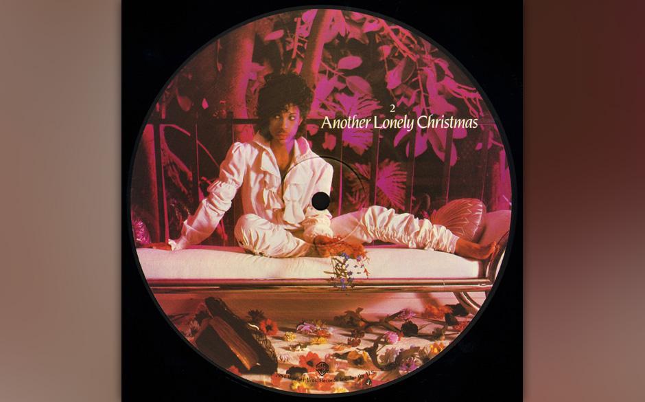 67. 'Another Lonely Christmas' (B-Seite 'I Would Die 4 U').   Ein mit einer Spieldauer von sieben Minuten recht langer Fan-Fa