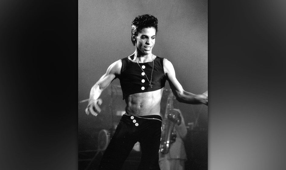 LONDON - AUGUST 14: Musician Prince performing at Wembley Arena in August 14, 1986 in London, England. (Photo by David Corio/