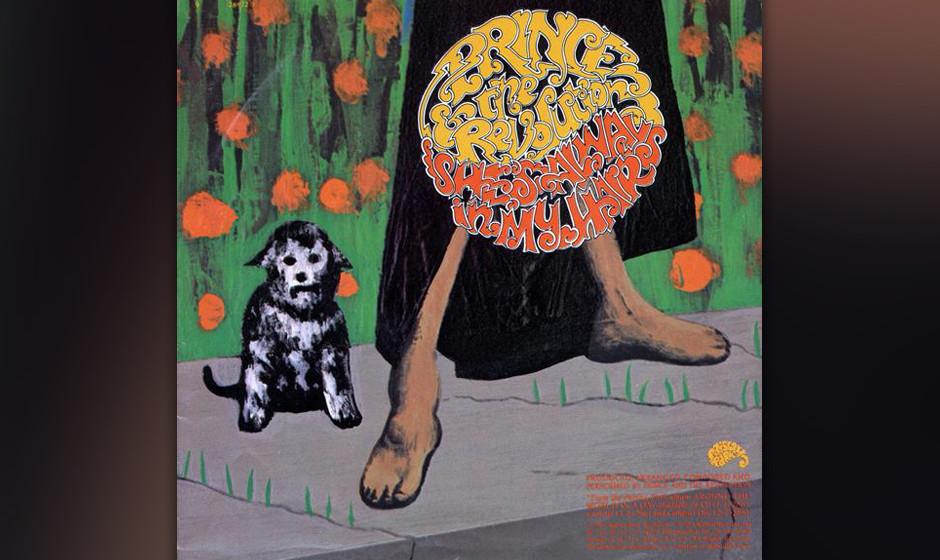 65. 'She's Always In My Hair' (B-Seite 'Raspberry Beret', 1985).   Das Label war angetan von diesem lauernden Rocksong – we