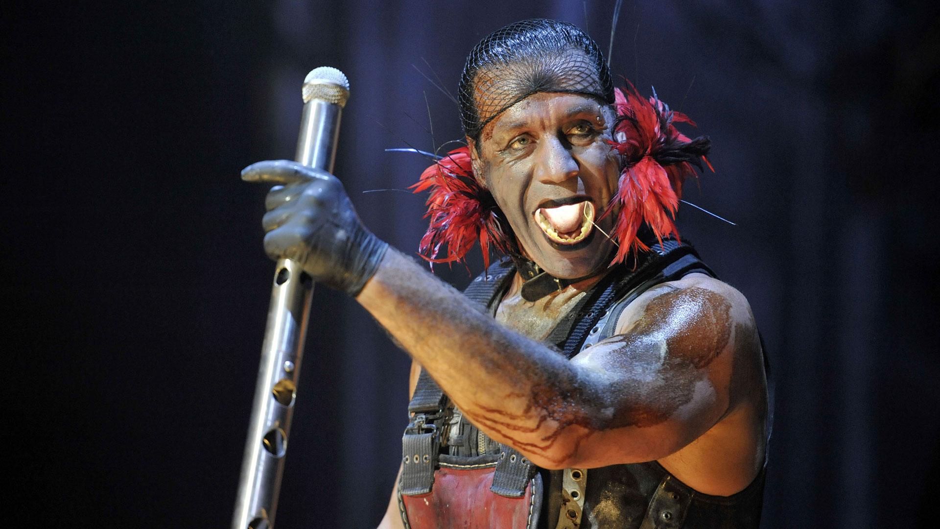 Rammstein haben ein Zusatzkonzert in Berlin angekündigt.