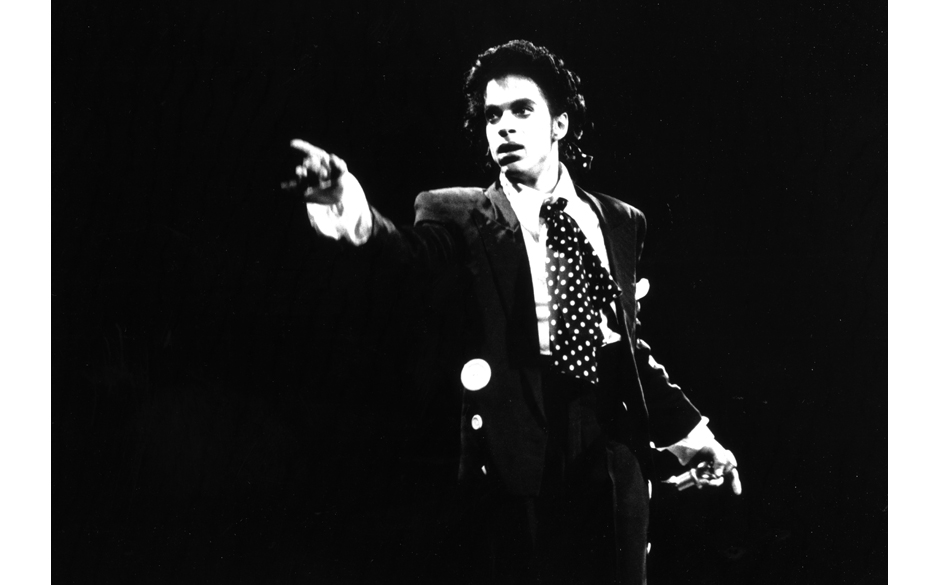 NEW YORK - CIRCA 1988:  Musician Prince performing in circa 1988 in New York, New York. (Photo by Al Pereira/Michael Ochs Arc