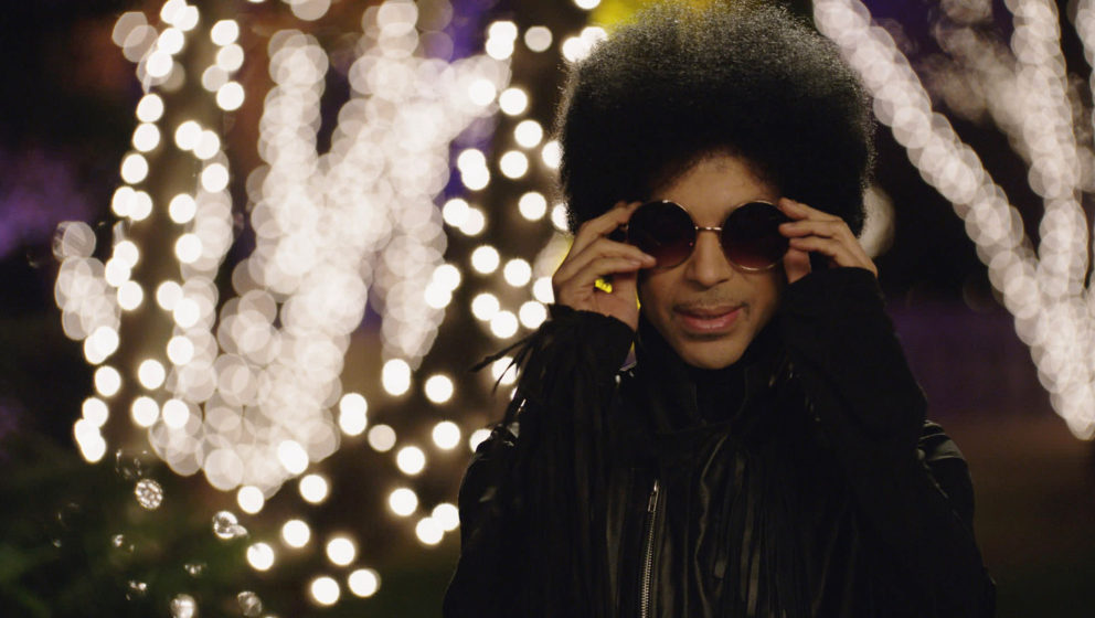 NEW GIRL: Music royalty Prince in the 'Prince' episode of NEW GIRL airing Sunday, Feb. 2, 2014 (approx. 10:30-11:00 PM ET/7:3