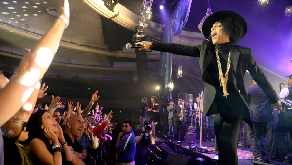 LOS ANGELES, CA - MARCH 07:  (EXCLUSIVE COVERAGE) Prince performs onstage at The Hollywood Palladium on March 7, 2014 in Los