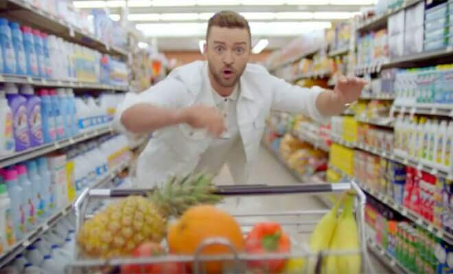 Szene aus 'Can't Stop The Feeling' von Justin Timberlake