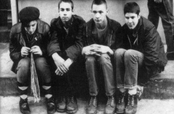 John Berry - auf dem Foto der zweite von rechts