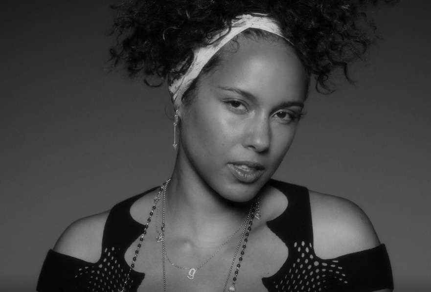 "Alicia Keys im Video zu ""In Common"""