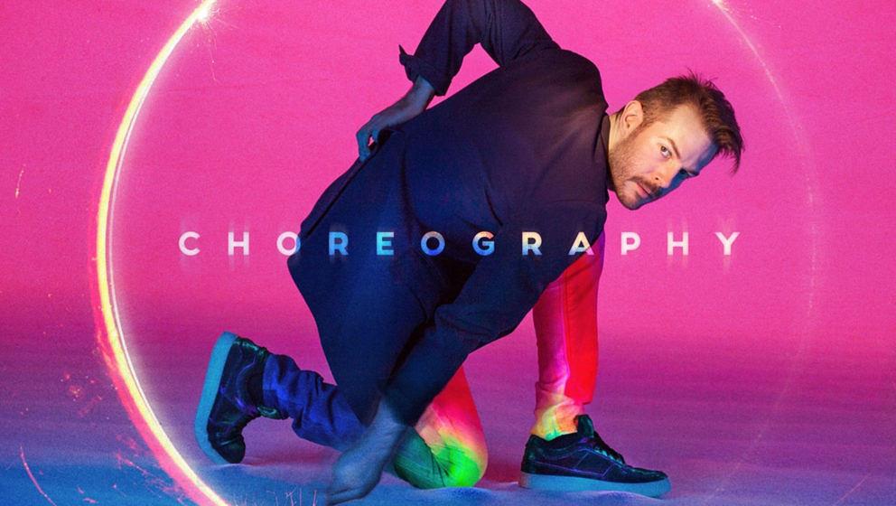 Bright Light Bright Light – Choreography ★½. Discopop mit zu vielen Gästen und fiesen Retroelementen.