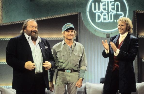 Thomas Gottschalk (rechts), Bud Spencer (links), Terence Hill, ZDF-Show 'Wetten, dass ; ?', Bremerhaven, Deutschland, 18.03.1